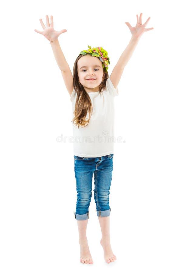 Mała śliczna dziewczyny podwyżka wręcza up zdjęcie royalty free