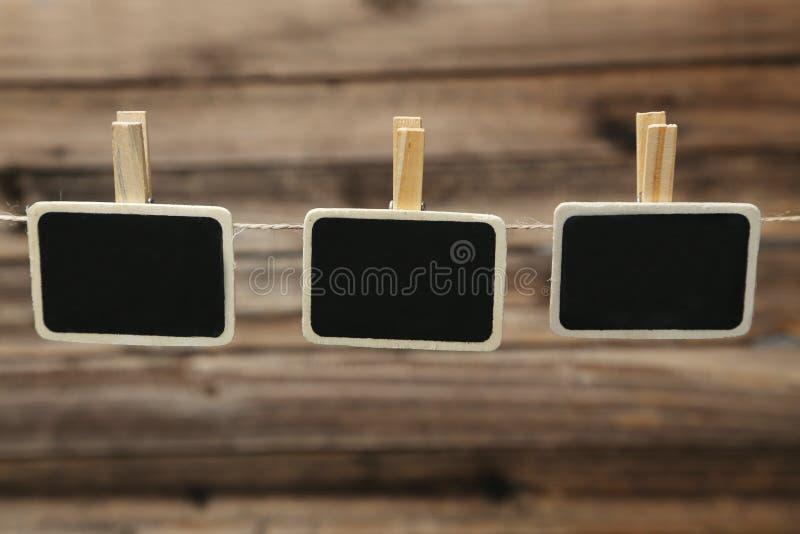 Mała blackboard łupku kredowej deski klamerka z przestrzenią dla teksta fotografia stock