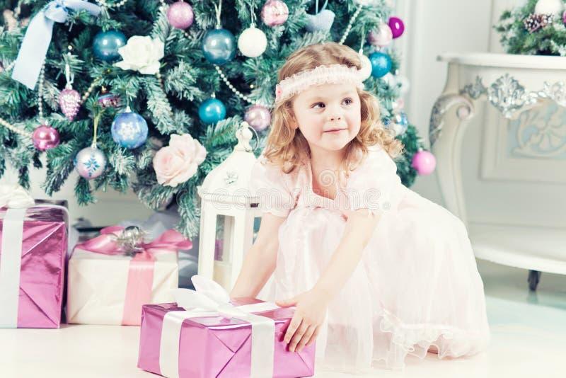 mała Boże Narodzenie dziewczyna zdjęcia royalty free