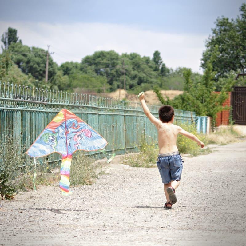 mała dzieciak kania zdjęcie royalty free