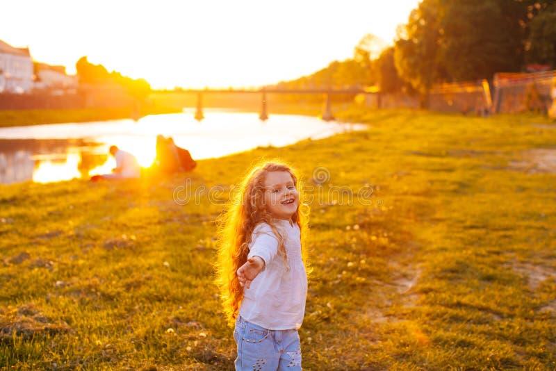 Mała dziewczynka anioł obraz royalty free
