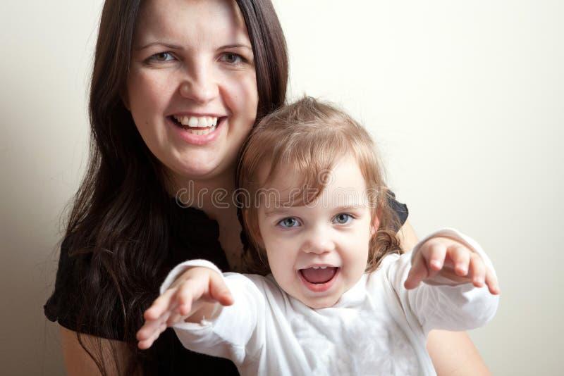 Mała Dziewczynka Chce uściśnięcie zdjęcia stock