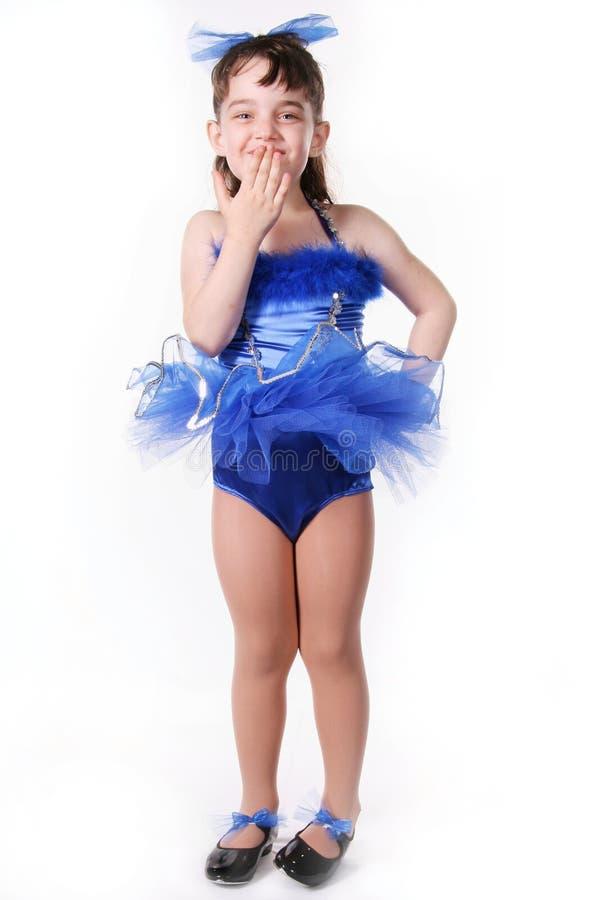 mała dziewczynka tancerzem. zdjęcia royalty free