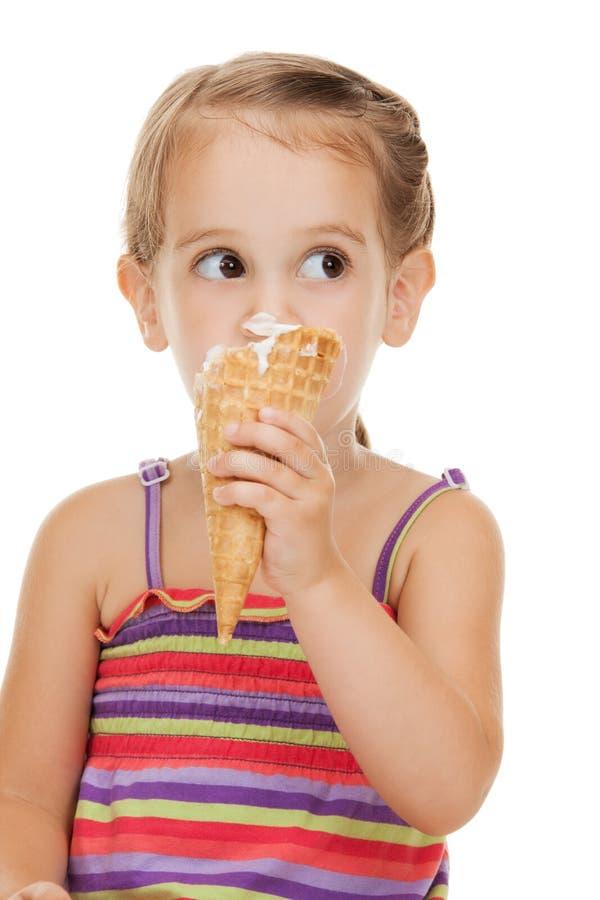 Mała dziewczynka z lody zdjęcie royalty free