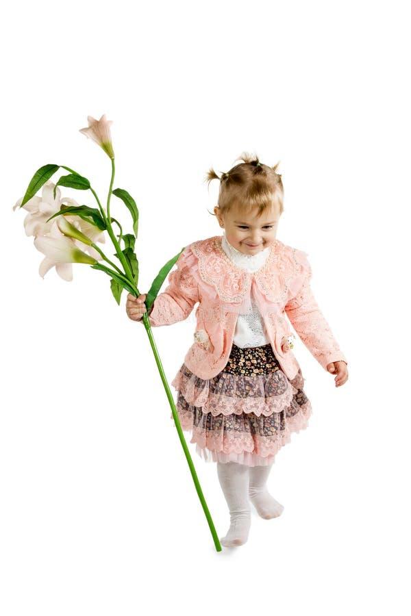 Mała dziewczynka znosi lelui zdjęcia stock