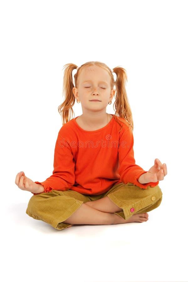 mała dziewczyny medytacja obraz stock