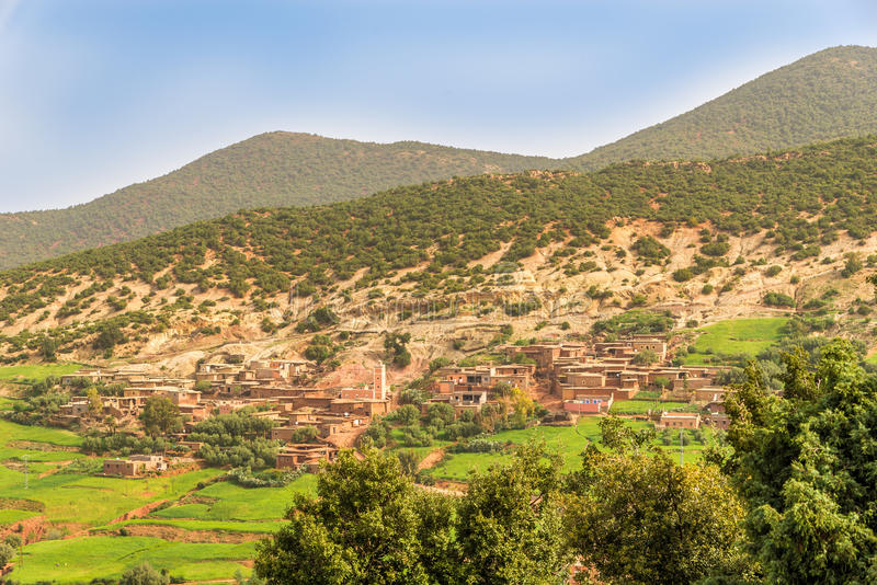 Mała wioska w wsi Wysoki atlant - Maroko zdjęcia royalty free