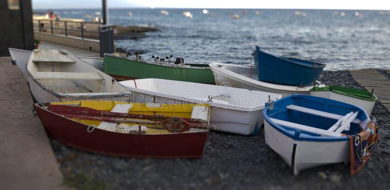 Małe łódki w Tenerife obraz stock