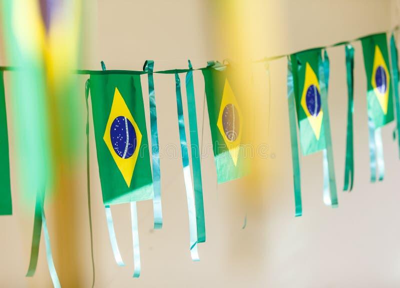 Małe Brazylia flaga używać dekorować ulicy dla FIFA pucharu świata 2 zdjęcie stock