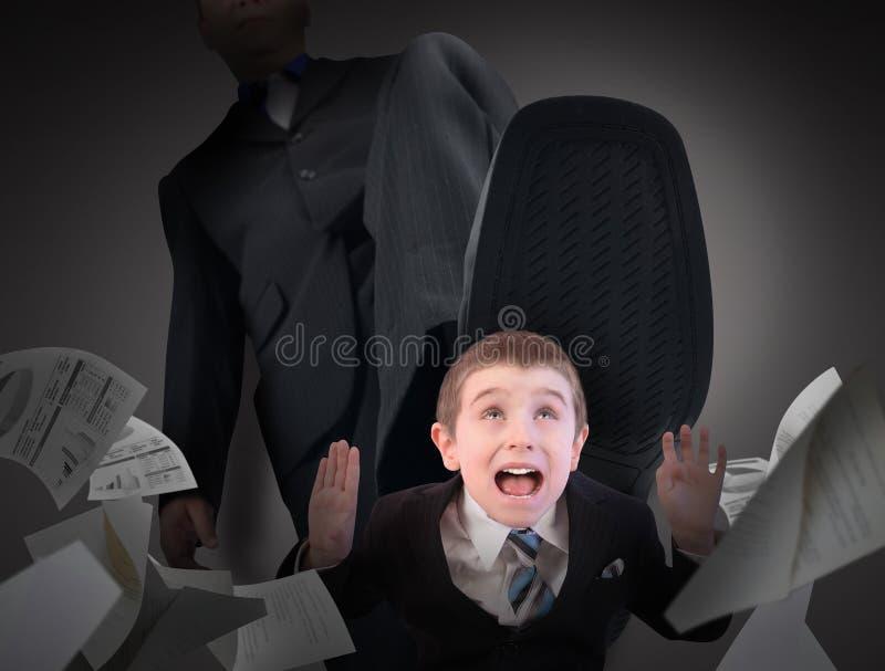 Małego Biznesu mężczyzna strach Kroczący Dalej obraz stock