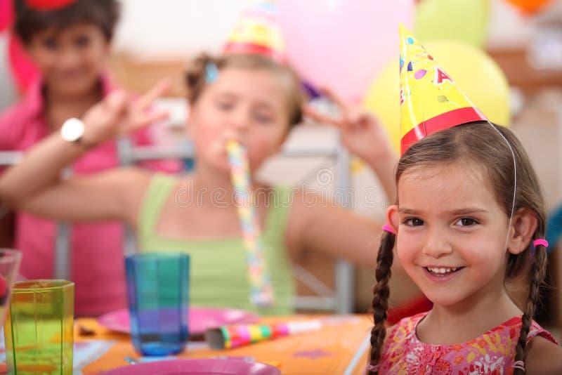 Małej dziewczynki przyjęcie urodzinowe zdjęcia stock