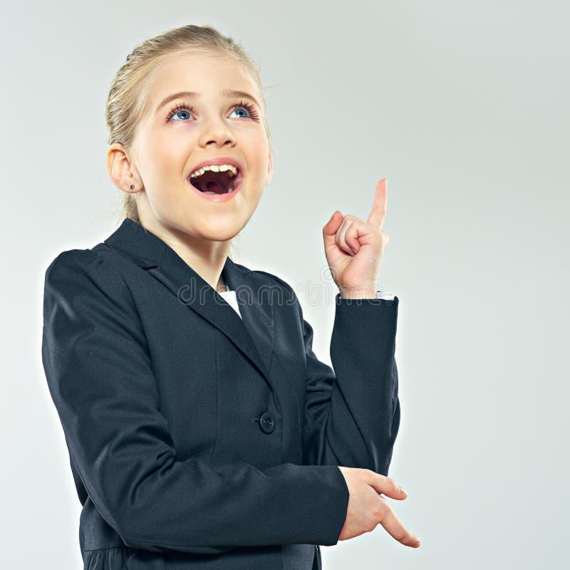 Mały biznesowej kobiety główkowanie Pracowniany portret dziecko dziewczyna ja obraz royalty free