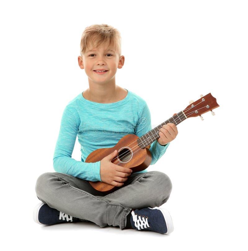 mały chłopiec gitary grać obraz royalty free