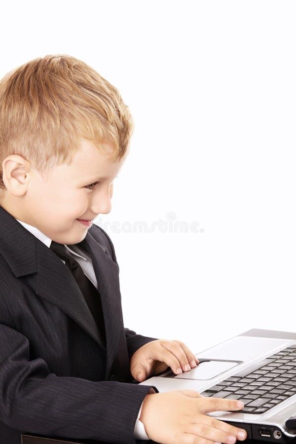 mały chłopiec laptop obrazy stock