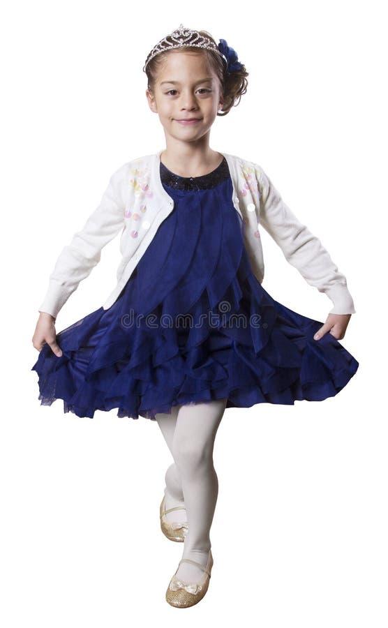 Mały dancingowy Princess jest ubranym tiarę obraz stock