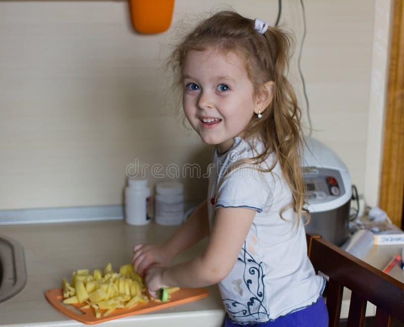 Mały dziecko kucharz zdjęcie stock
