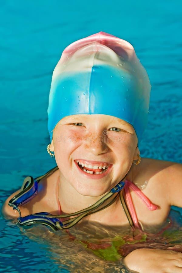 mały dziewczyna basen zdjęcie royalty free