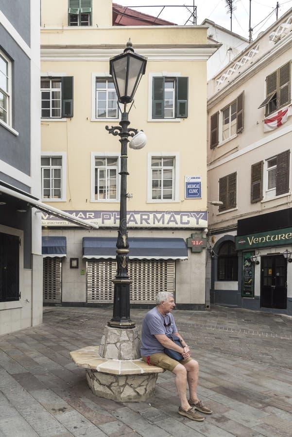 Mały kwadrat na głównej ulicie Gibraltar zdjęcia stock