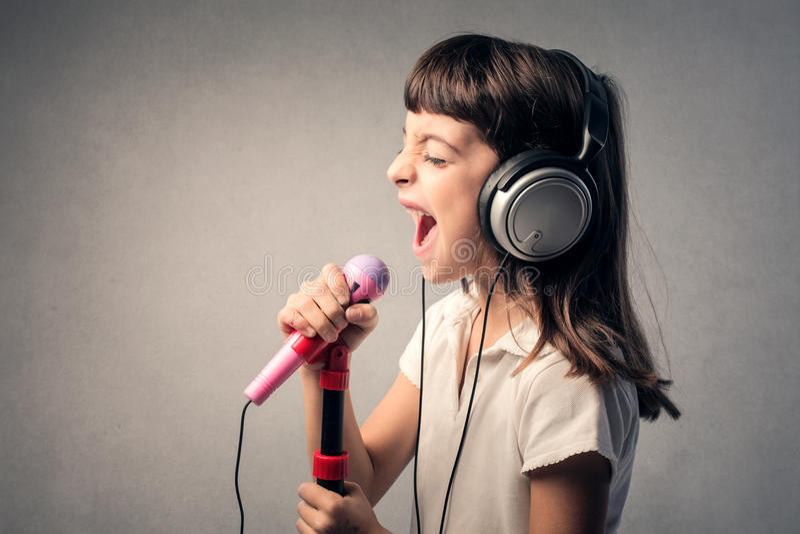 Mały piosenkarz obrazy royalty free