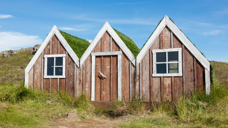 Mały zabawkarski elfa dom w Iceland fotografia royalty free
