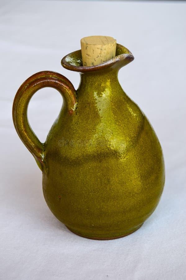 Mały zielony terakotowy miotacz z zdjęcie royalty free