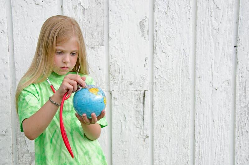 Download Mała Dziewczynka Z Stethscope Obraz Stock - Obraz złożonej z biały, aquaculture: 41951753
