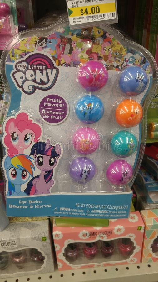 Ma petite gerçure de lèvre de poney photos stock
