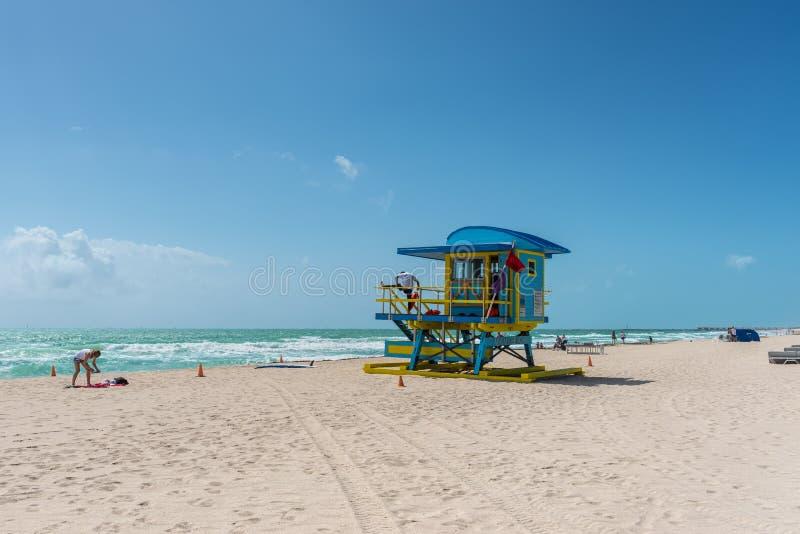 Ma?tre nageur Tower en plage du sud, Miami Beach, la Floride photos stock