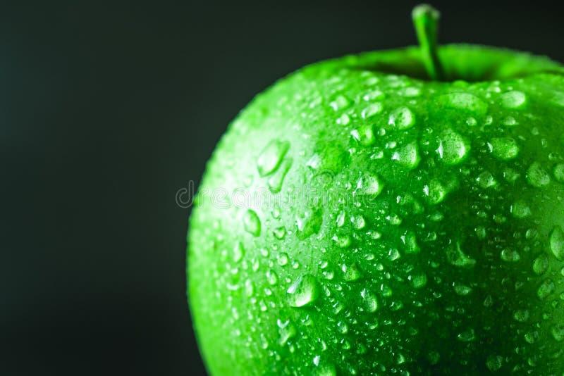 Ma?? verde molhada fotografia de stock