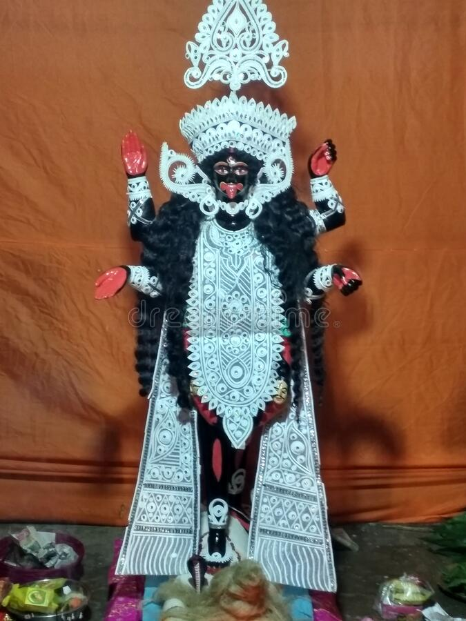 Maa Kali Idol für Kali puja stockfotos