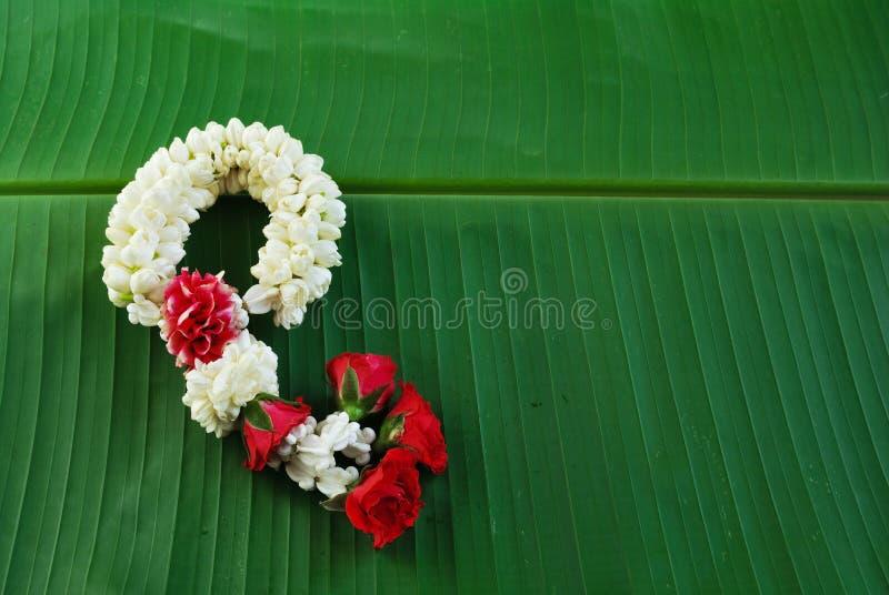Maalai kwiat w Tajlandzkim Tradycyjnym stylu fotografia royalty free
