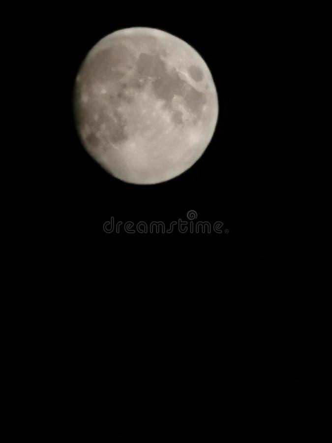 Maan in dark royalty-vrije stock afbeeldingen