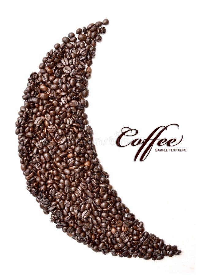 Maan die van geroosterde koffie op een witte achtergrond wordt gemaakt stock afbeeldingen