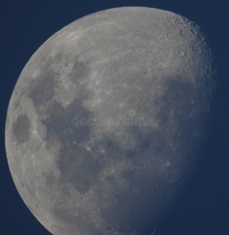 Maan met grijze tonen royalty-vrije stock afbeelding