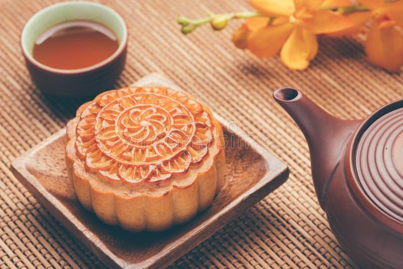 Maancake van het Vietnamese Chinese medio voedsel van het de herfstfestival royalty-vrije stock foto's