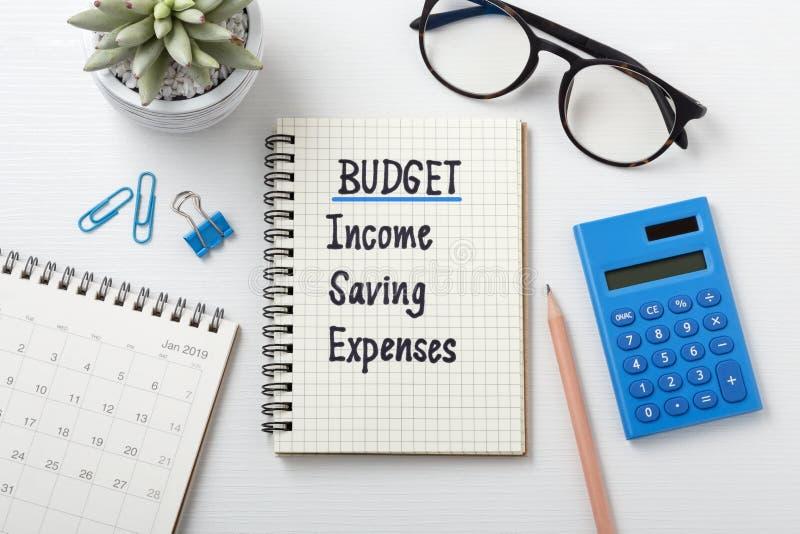 Maandelijkse begroting die 2019 plannen stock fotografie