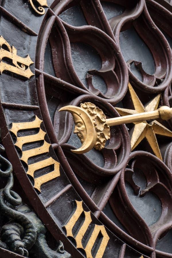 Maandetail van de Klok van Bazel Rathaus stock afbeelding