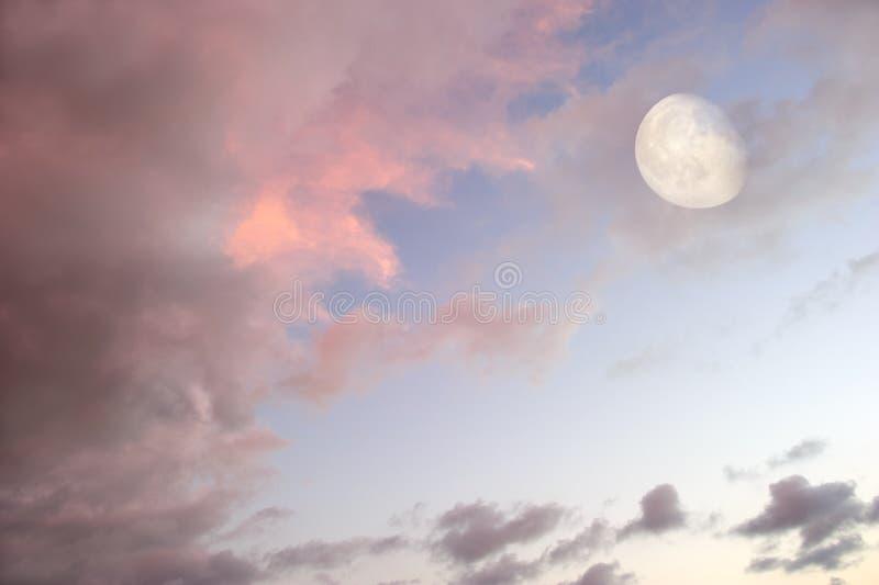 Maanwolken stock fotografie