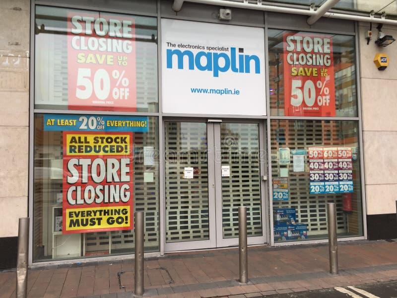 26 maart, 2018, Cork, Ierland - Maplin-de opslag in het Kleinhandelspark van Blackpool sluit stock afbeelding