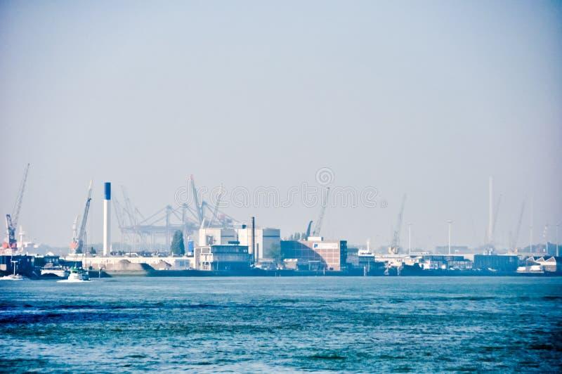 maas przesyła Rotterdam rzecznego widok fotografia stock