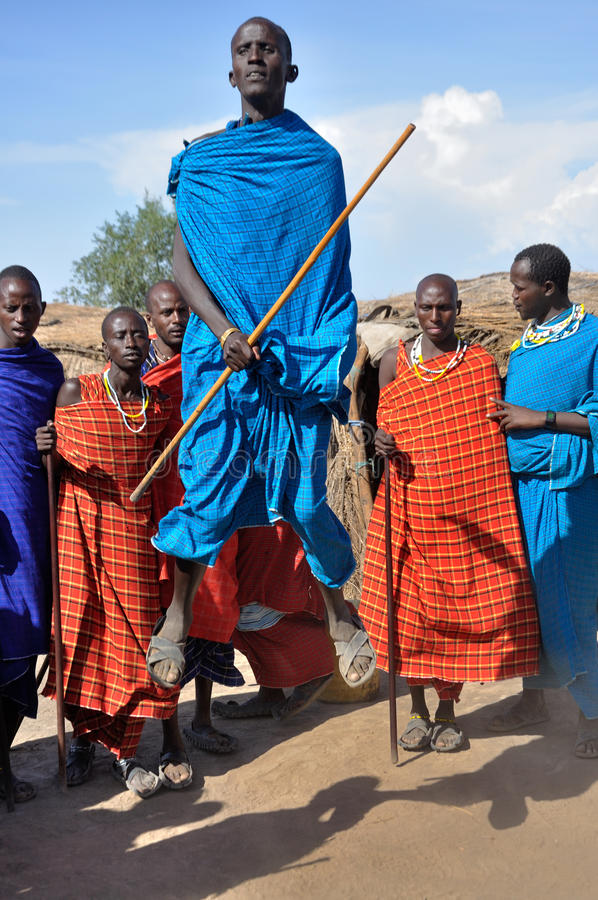 Maasai传统舞蹈 免版税库存图片
