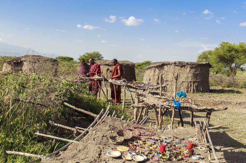 Maasai ludzie w Masai Mara parku narodowym zdjęcia stock