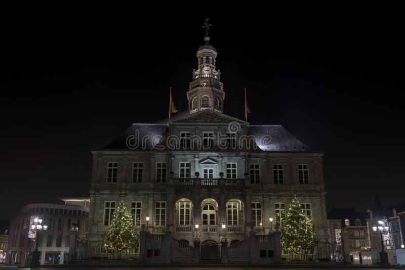 Maastricht stadshus på marknad royaltyfria foton
