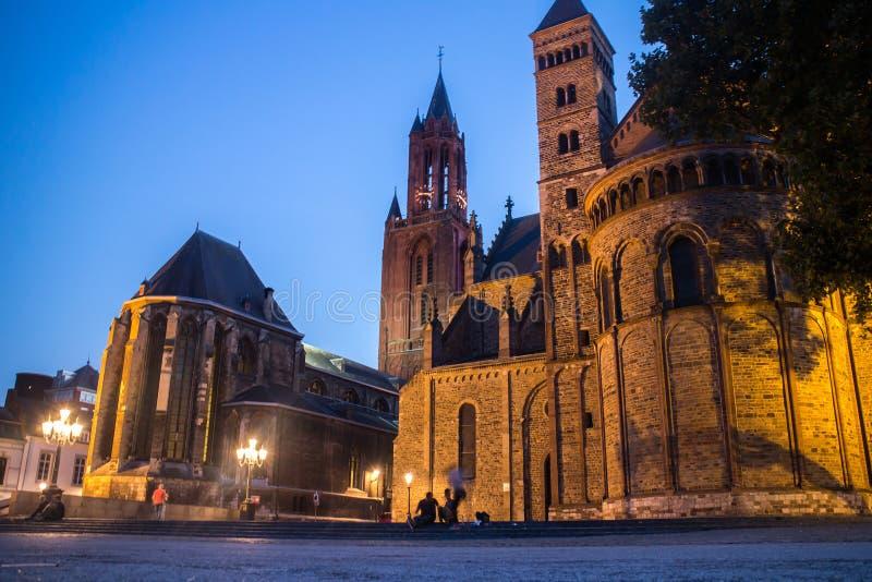 Maastricht vid natt royaltyfria foton
