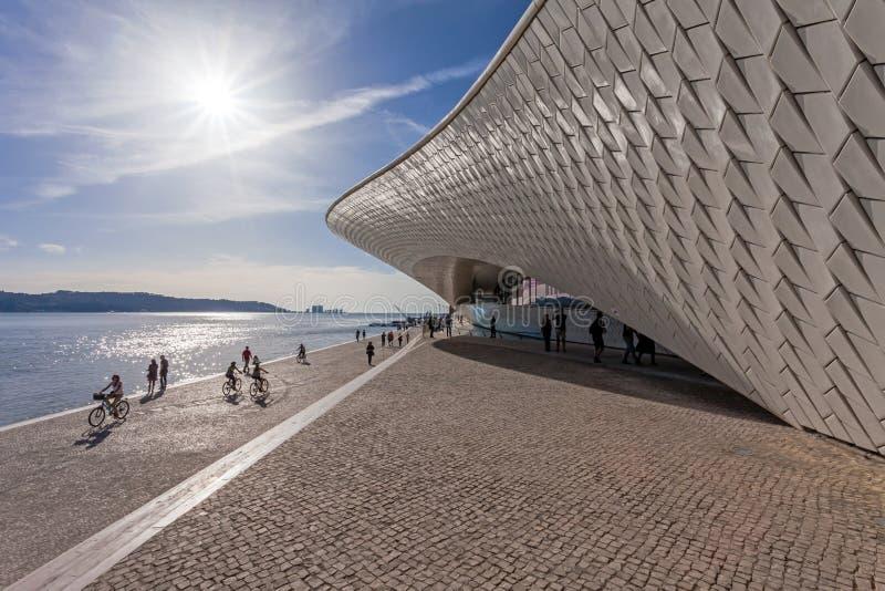 MAAT - Museu de arte, arquitetura e tecnologia imagens de stock