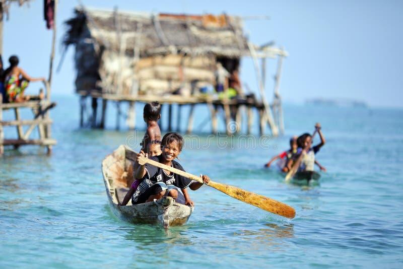 MABUL wyspa MALEZJA, WRZESIEŃ, - 20th 2012: Niezidentyfikowany Denny b zdjęcie royalty free