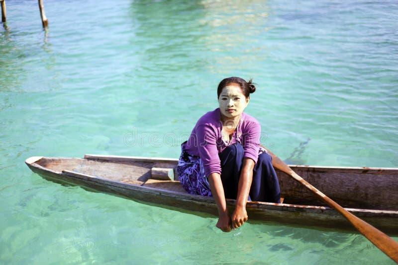 MABUL wyspa, SABAH MALEZJA, MARZEC, - 3: lokalny denny gypsy dzieciaka ochraniacz obraz royalty free