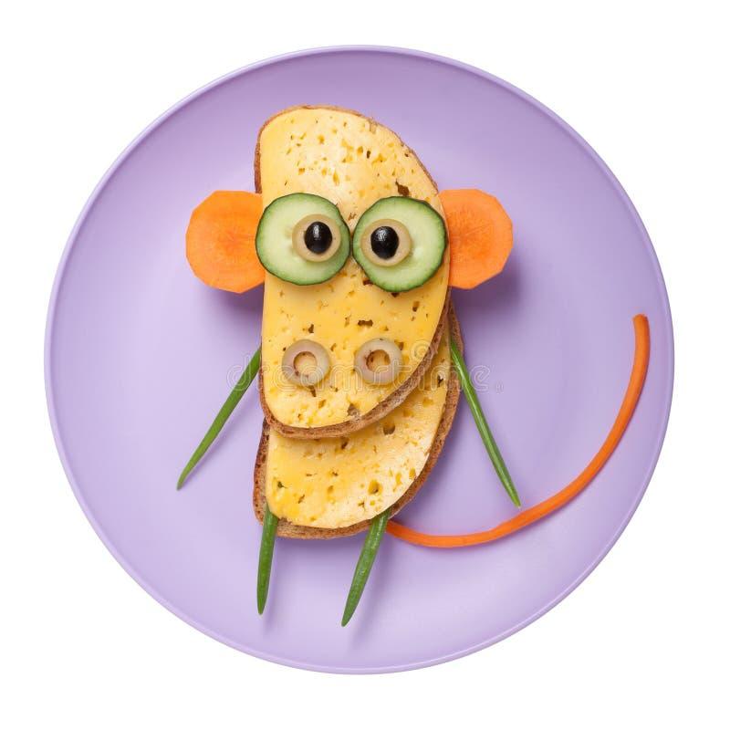 Macaco confuso feito do pão e dos vegetais imagens de stock royalty free