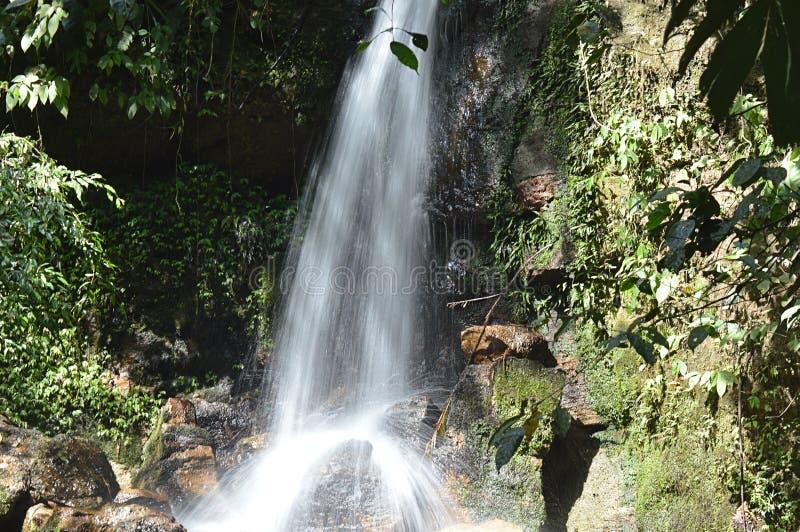Macan-Wasserfall lizenzfreies stockfoto