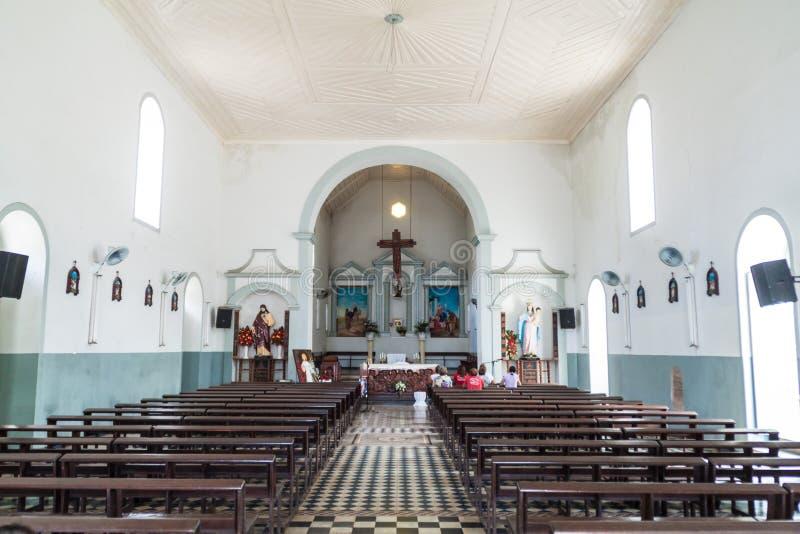 MACAPA, BRAZILIË - JULI 31, 2015: Binnenland van de kerk van Saojose saint joseph in Macapa, Braz stock fotografie